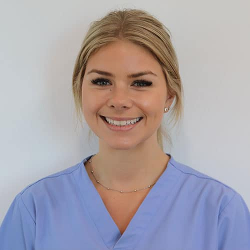 tayla (Dental Assistant)
